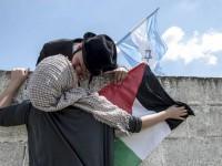 sarutul mondial al zilei