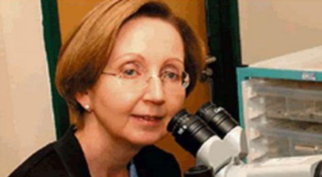 Anne  Szarewski
