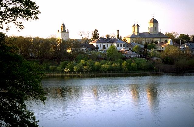 manastirea_pasarea