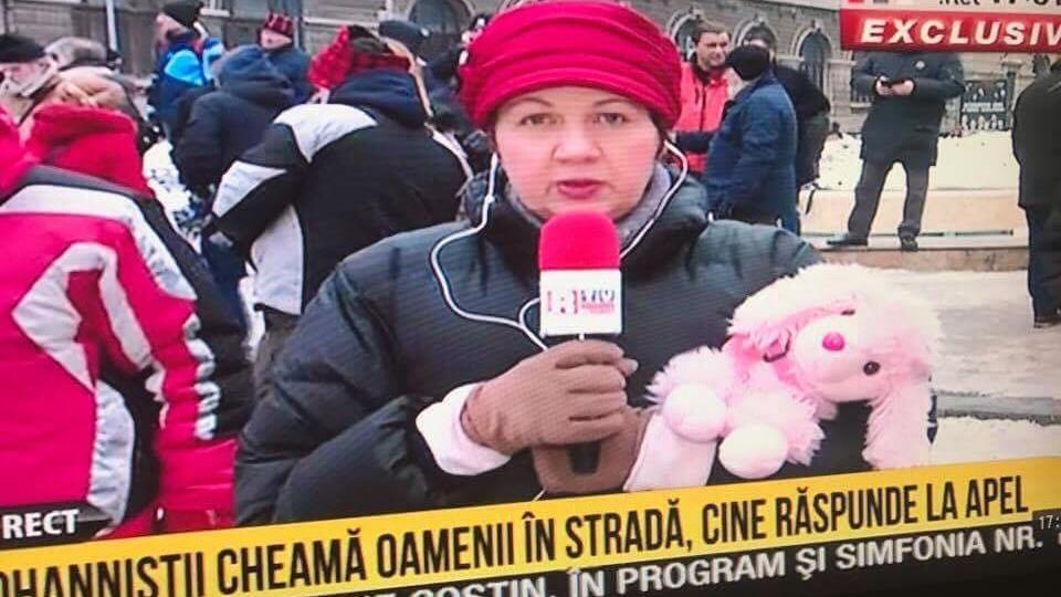 corina-dragotescu-protest