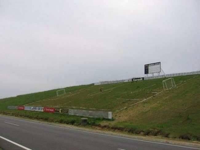 teren-fotbal-panta
